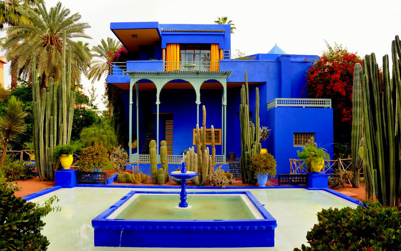 jardin majorelle among the 7 most beautiful gardens in the world moroccan ladies. Black Bedroom Furniture Sets. Home Design Ideas