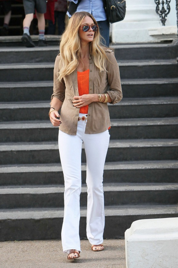 elle-macpherson-mih-white-jeans-new